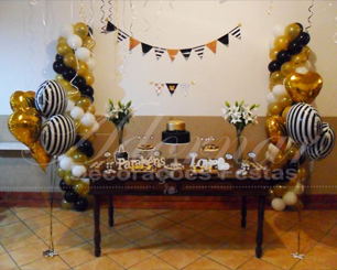 Locação Decoração de Aniversário Adulto Noivado e Casamento em Dourado Branco e Preto Com Uma Mesa Rústica