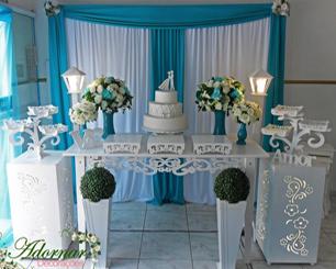 Decoração de Casamento Azul Tiffany Com Uma Mesa em Provençal