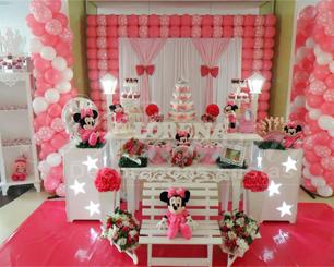 Decoração Chá de Bebê Minnie Rosa Com Duas Mesas