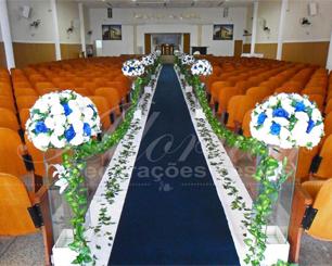 Decoração Corredor de Cerimônia Azul Royal Marinho e Branco
