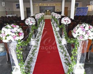Decoração Corredor de Cerimônia Branco Lilás e Rosa