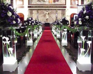 Decoração Corredor de Cerimônia Lilás e Branco