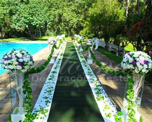 Decoração Corredor de Cerimônia Lilás Roxo e Branco