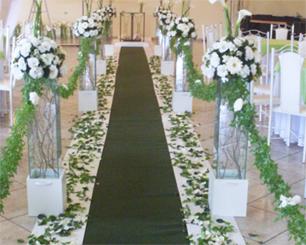 Decoração Corredor de Cerimônia Verde e Branco