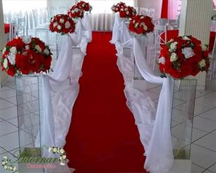 Decoração Corredor de Cerimônia Vermelho e Branco
