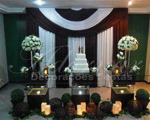 Decoração Casamento Com Mesa de Vidro Marrom e Branco