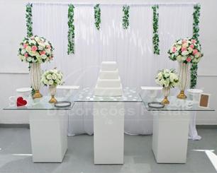 Decoração Casamento Com Mesa de Vidro Rosa e Branco