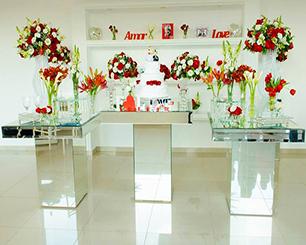 Decoração Casamento Com Mesa de Vidro Vermelho e Branco Espelhado