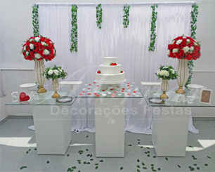 Decoração Casamento Com Mesa de Vidro Vermelho e Branco